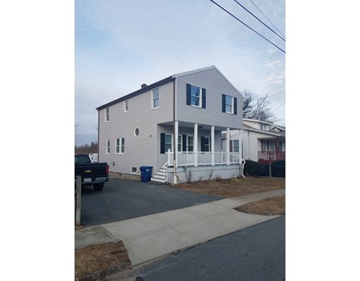 Single Family Home for Sale at 92 Church Street 92 Church Street Fairhaven, Massachusetts 02719 United States