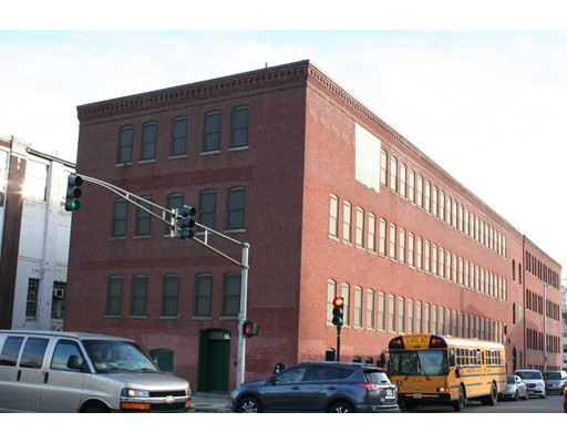 Commercial for Sale at 128 Chandler Street 128 Chandler Street Worcester, Massachusetts 01609 United States