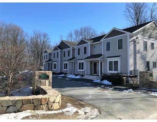 Appartement en copropriété pour l Vente à 15 Pine Street 15 Pine Street Maynard, Massachusetts 01754 États-Unis