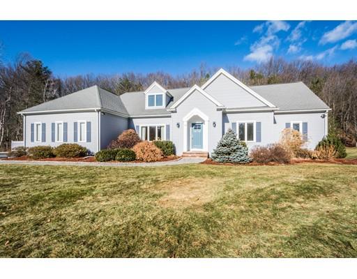Частный односемейный дом для того Продажа на 10 General Henry Knox Road 10 General Henry Knox Road Southborough, Массачусетс 01772 Соединенные Штаты