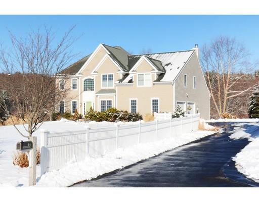Частный односемейный дом для того Продажа на 14 Parmenter Road 14 Parmenter Road Southborough, Массачусетс 01772 Соединенные Штаты