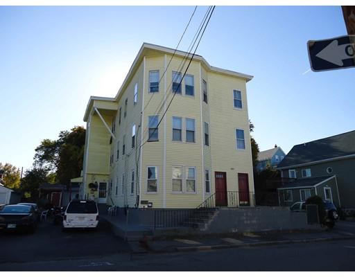 Многосемейный дом для того Продажа на 105 Crosby Street 105 Crosby Street Lowell, Массачусетс 01852 Соединенные Штаты