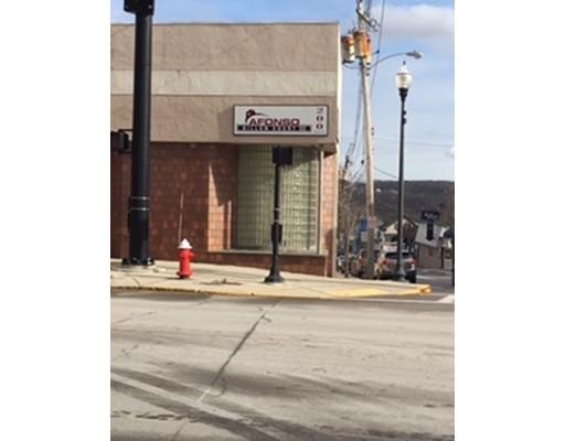 Commercial للـ Rent في 200 MAIN STREET 200 MAIN STREET Milford, Massachusetts 01757 United States