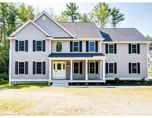 Maison unifamiliale pour l Vente à 90 Devonshire Way 90 Devonshire Way Lancaster, Massachusetts 01523 États-Unis