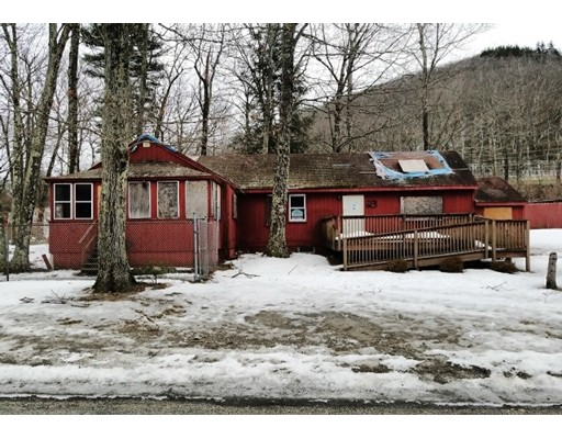 Частный односемейный дом для того Продажа на 23 Tea Street Ext 23 Tea Street Ext Charlemont, Массачусетс 01339 Соединенные Штаты