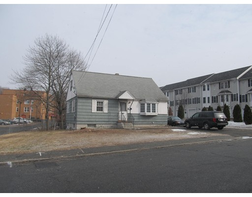 Single Family Home for Sale at 107 Hildreth Street Lowell, Massachusetts 01850 United States