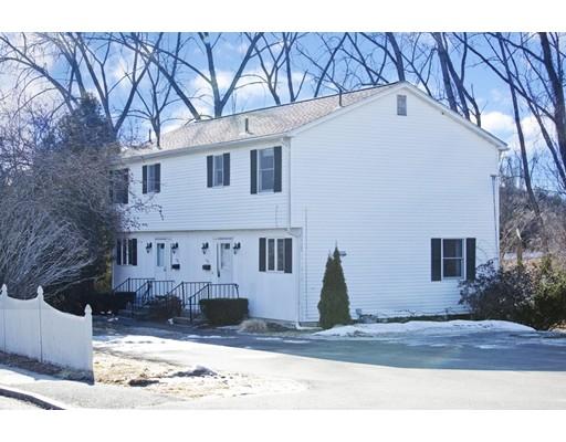 多户住宅 为 销售 在 128 Newton Street 128 Newton Street South Hadley, 马萨诸塞州 01075 美国