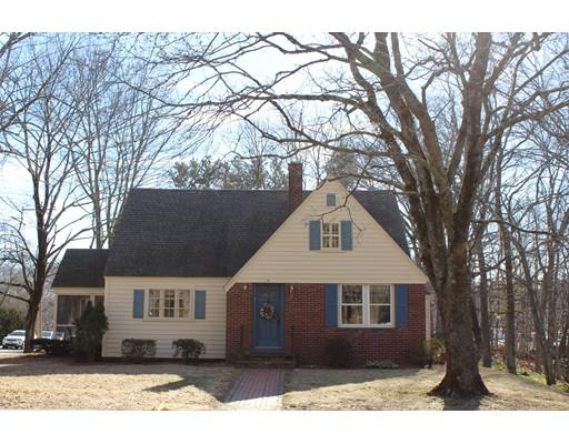 واحد منزل الأسرة للـ Sale في 14 Fisher Street 14 Fisher Street Westborough, Massachusetts 01581 United States