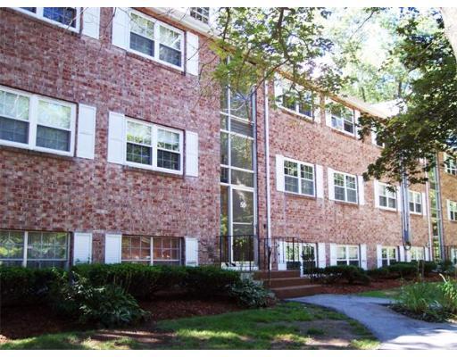共管式独立产权公寓 为 出租 在 50 FARRWOOD AVENUE #10 50 FARRWOOD AVENUE #10 北安德沃, 马萨诸塞州 01845 美国