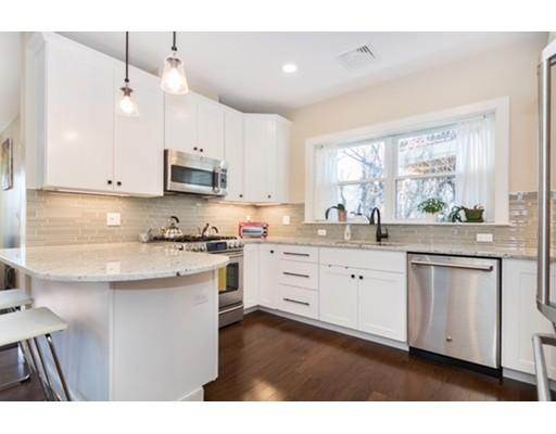 共管式独立产权公寓 为 销售 在 85 Brookley Road 85 Brookley Road 波士顿, 马萨诸塞州 02130 美国