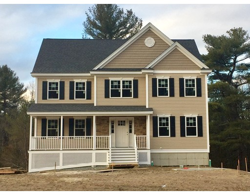 Single Family Home for Sale at 9 Green Meadow Drive 9 Green Meadow Drive Wilmington, Massachusetts 01887 United States