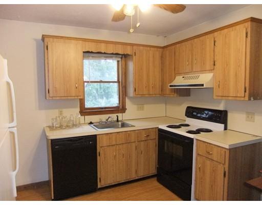 独户住宅 为 出租 在 453 Pond Street Braintree, 02184 美国