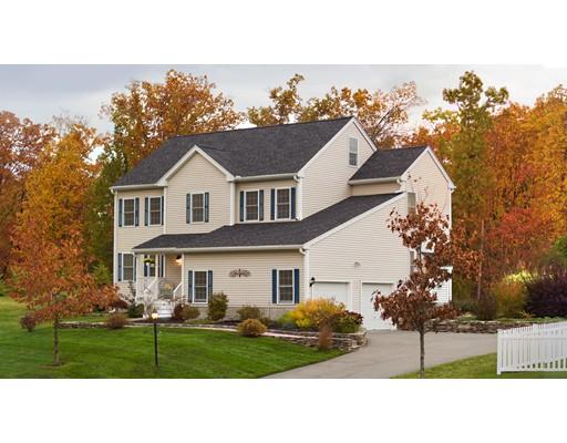 独户住宅 为 销售 在 11 Lakeview Drive 11 Lakeview Drive Shirley, 马萨诸塞州 01464 美国