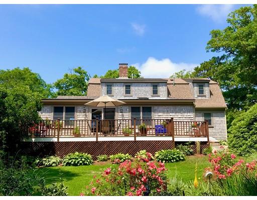 Maison unifamiliale pour l Vente à 133 Kendrick 133 Kendrick Harwich, Massachusetts 02645 États-Unis