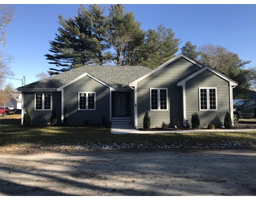 Casa Unifamiliar por un Venta en 12 Long Neck Road Wareham, Massachusetts 02538 Estados Unidos