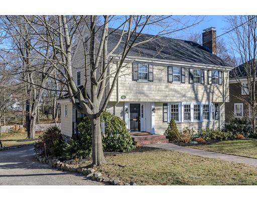 Casa Unifamiliar por un Venta en 192 Mt. Vernon Street 192 Mt. Vernon Street Dedham, Massachusetts 02026 Estados Unidos