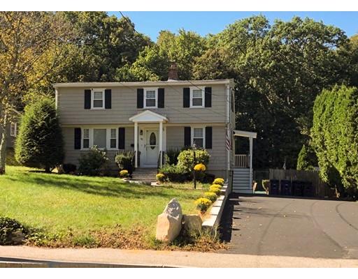 Частный односемейный дом для того Продажа на 387 Liberty Street 387 Liberty Street Braintree, Массачусетс 02184 Соединенные Штаты