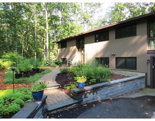 Частный односемейный дом для того Продажа на 25 Raynor Road 25 Raynor Road Sudbury, Массачусетс 01776 Соединенные Штаты