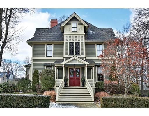 独户住宅 为 销售 在 127 Waverley Avenue 127 Waverley Avenue 牛顿, 马萨诸塞州 02458 美国
