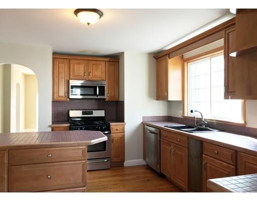 公寓 为 出租 在 14 Perkins Street #2 14 Perkins Street #2 温思罗普, 马萨诸塞州 02152 美国