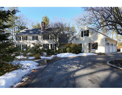Maison unifamiliale pour l Vente à 36 Claypit Hill Road 36 Claypit Hill Road Wayland, Massachusetts 01778 États-Unis