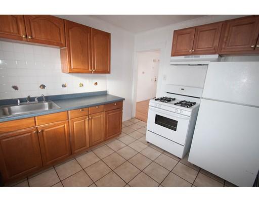 独户住宅 为 出租 在 1 Linden Street Somerville, 马萨诸塞州 02143 美国