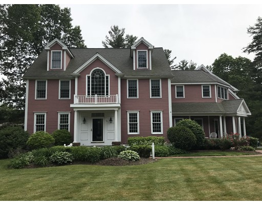 Single Family Home for Sale at 40 Village Lane 40 Village Lane Hanover, Massachusetts 02339 United States