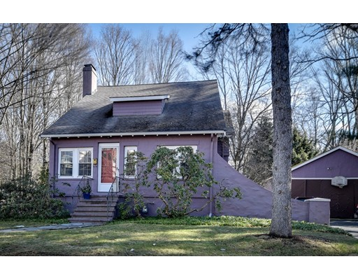 Single Family Home for Sale at 62 Seaver Street 62 Seaver Street Wellesley, Massachusetts 02481 United States