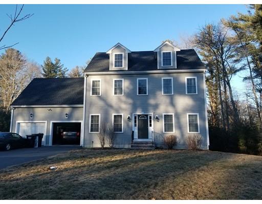 Maison unifamiliale pour l Vente à 3 Victory Lane 3 Victory Lane East Bridgewater, Massachusetts 02333 États-Unis