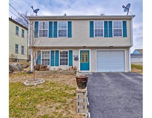 Maison unifamiliale pour l Vente à 25 Meeting Street 25 Meeting Street Cumberland, Rhode Island 02865 États-Unis
