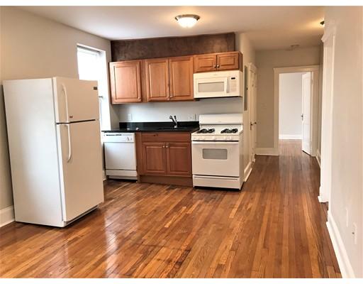 独户住宅 为 出租 在 39 Rockland Avenue 莫尔登, 02148 美国