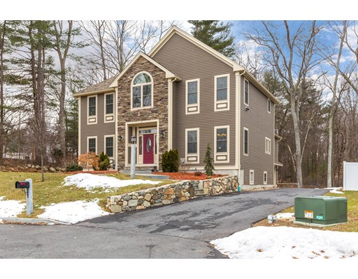 Maison unifamiliale pour l Vente à 6 Rosario Way 6 Rosario Way Burlington, Massachusetts 01803 États-Unis