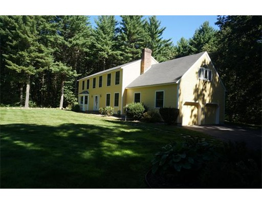 Additional photo for property listing at 845 Depot Road  Boxborough, Massachusetts 01719 Estados Unidos