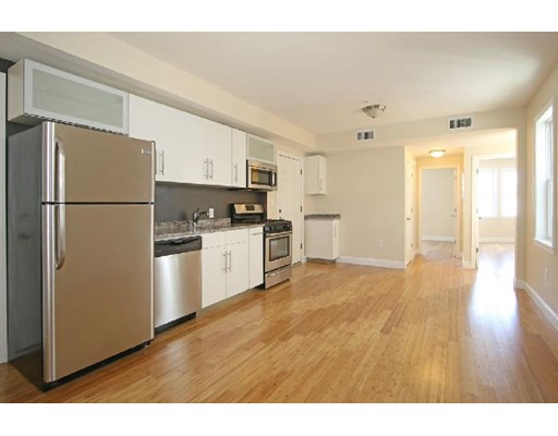 شقة للـ Rent في 45 Orleans St #2 45 Orleans St #2 Boston, Massachusetts 02128 United States