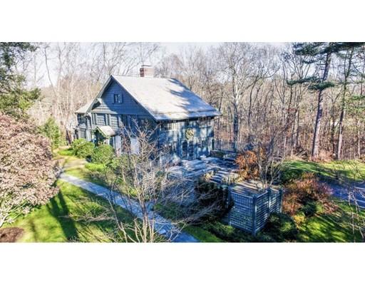 Частный односемейный дом для того Продажа на 143 Meadowbrook 143 Meadowbrook Weston, Массачусетс 02493 Соединенные Штаты