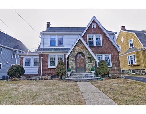 Casa Unifamiliar por un Venta en 42 Grove Street 42 Grove Street Medford, Massachusetts 02155 Estados Unidos