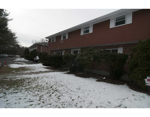Additional photo for property listing at 115 Gould  Needham, Massachusetts 02494 Estados Unidos