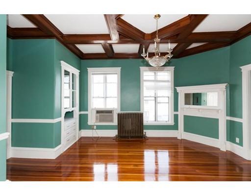 Casa Unifamiliar por un Alquiler en 57 Trenton Street Boston, Massachusetts 02128 Estados Unidos