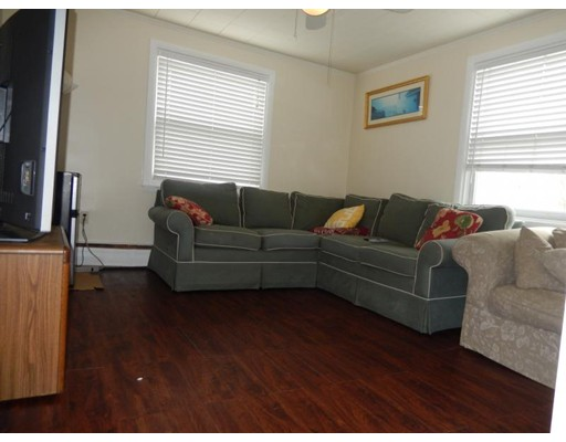 独户住宅 为 出租 在 31 West Eagle Street 波士顿, 马萨诸塞州 02128 美国