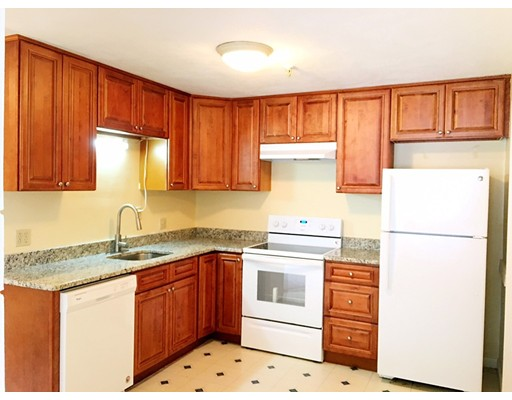 Condominio por un Venta en 23 Spencer Road 23 Spencer Road Boxborough, Massachusetts 01719 Estados Unidos