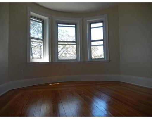 Casa Unifamiliar por un Alquiler en 72 Prescott Street Boston, Massachusetts 02128 Estados Unidos