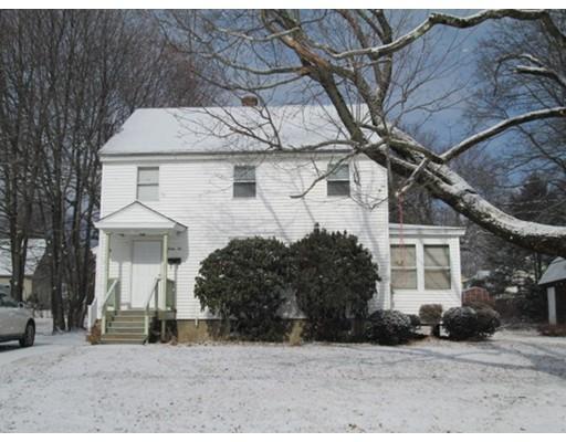 Maison unifamiliale pour l Vente à 32 Knowlton Avenue 32 Knowlton Avenue Shrewsbury, Massachusetts 01545 États-Unis