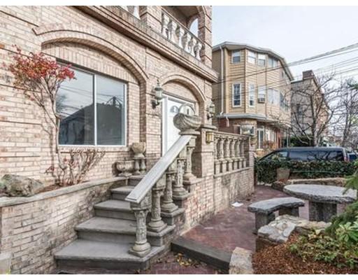 Apartamento por un Alquiler en 110 High St #1 110 High St #1 Waltham, Massachusetts 02453 Estados Unidos