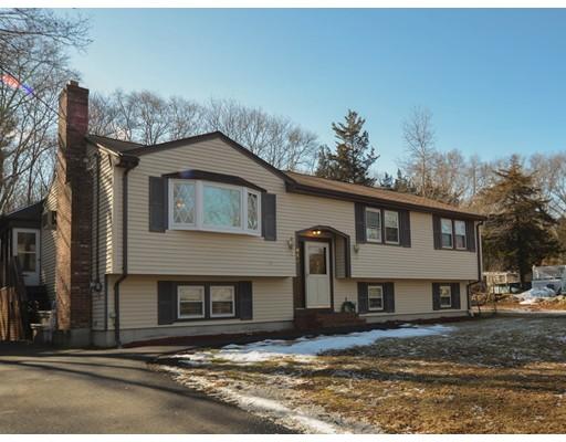 一戸建て のために 売買 アット 419 Highland Street 419 Highland Street Stoughton, Massachusetts 02072 United States