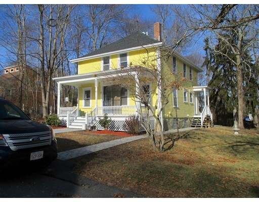 Single Family Home for Sale at 238 Old Colony Avenue 238 Old Colony Avenue Somerset, Massachusetts 02726 United States