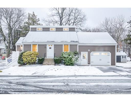 Maison unifamiliale pour l Vente à 42 Logan Road 42 Logan Road Braintree, Massachusetts 02184 États-Unis