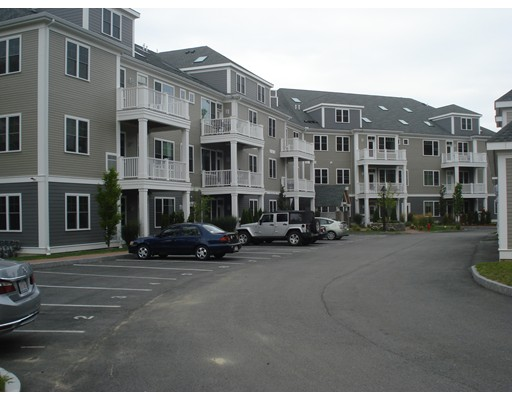 Condominium for Sale at 30 Taylor Reading, Massachusetts 01867 United States
