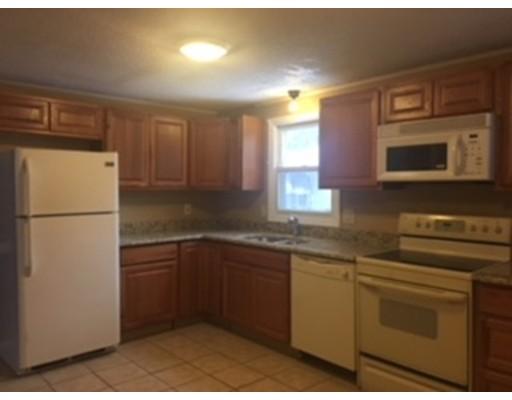 Additional photo for property listing at 76 Toronita  Worcester, Massachusetts 01605 Estados Unidos