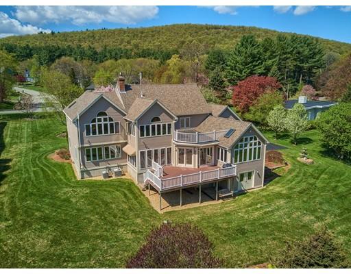 واحد منزل الأسرة للـ Sale في 767 West Street 767 West Street Leominster, Massachusetts 01453 United States