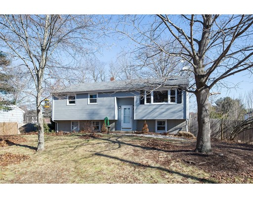 Single Family Home for Sale at 314 Temi Road 314 Temi Road Raynham, Massachusetts 02767 United States